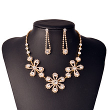Custom Designs Cubic Zircon Crystal Flower Necklace Earrings Gold Plated Wedding Indian Bridal Dubai African Beads Jewelry Set