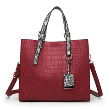Trendling fashionable designer famous brands snake pattern leather women <strong>handbags</strong>