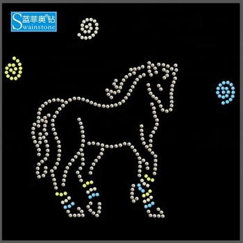 Y0906 china manufacturer horse hot fix motif;iron-on rhinestone pattern;transfer rhinestone designs horse motif