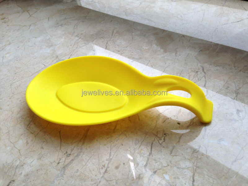 Multifunction rest/ chopstick and spoon rest
