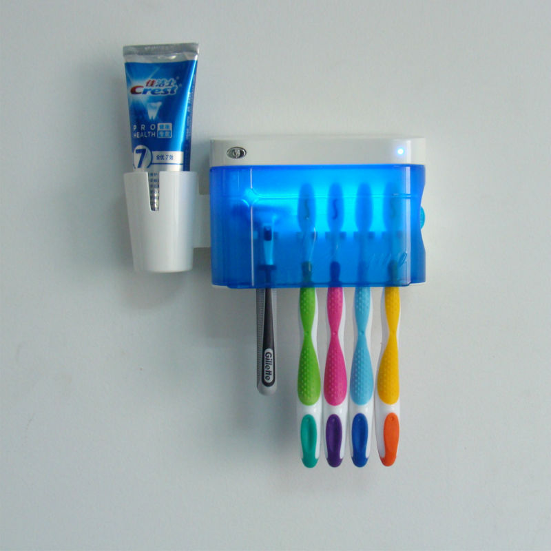 Wall hung UV toothbrush sanitizer/sterilizers/disinfectors box