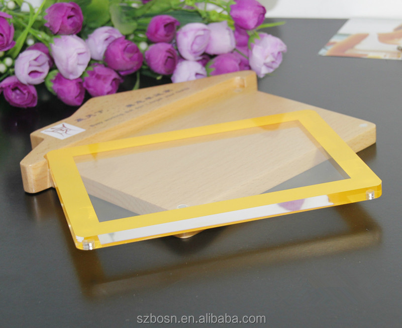 Lovely House-Shaped Acrylic Picture Frame with High Quality Wood Design