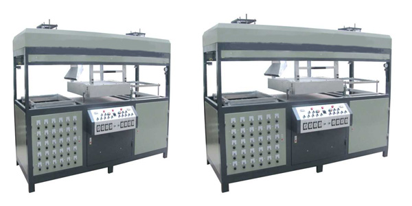 Double stations Plastic Vacuum Forming Machine