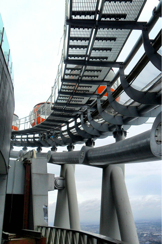 UPS Solutions Applied In Canton Tower Ferris wheel (100KVA/80KW/100KVA UPS)
