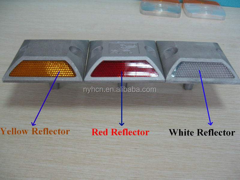 Excellent Safety High Quality Compression Resistance 30 tons Highway Road Reflector