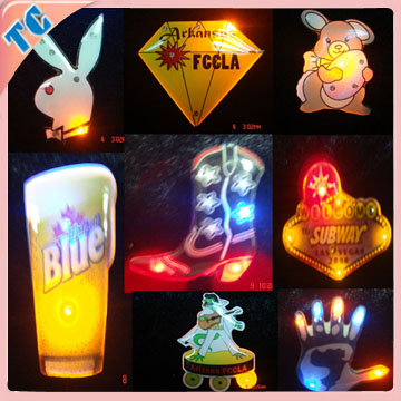 2014 best promotion gift heart shape led badge with factory price