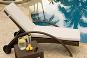 2014 New Design rattan beach lounge chairs