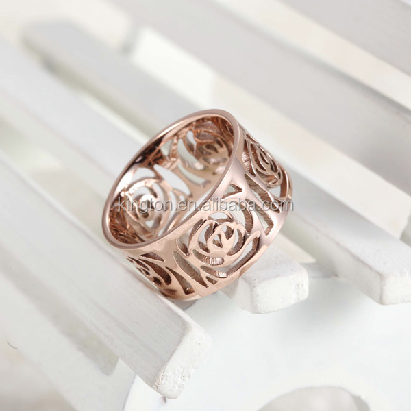 Wholesale flower shaped engagement rings hollow rose gold ring Alibaba