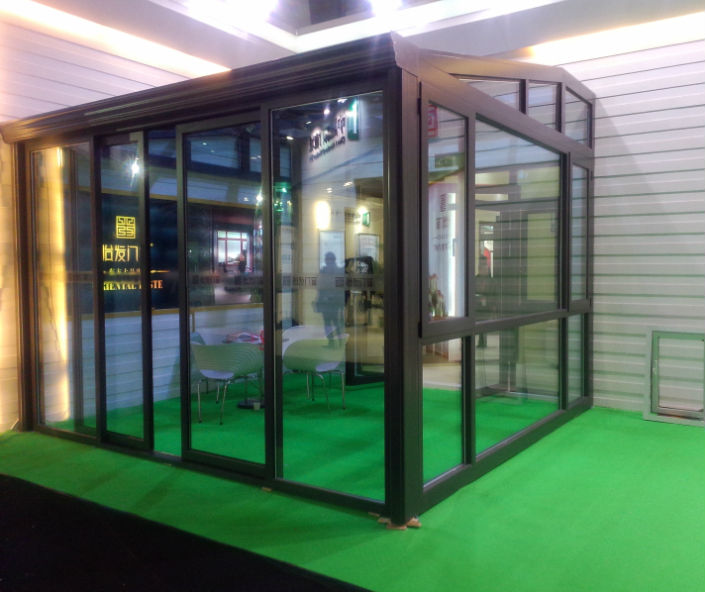 Hot Sale China Modern Prefabricated Aluminum Glass House