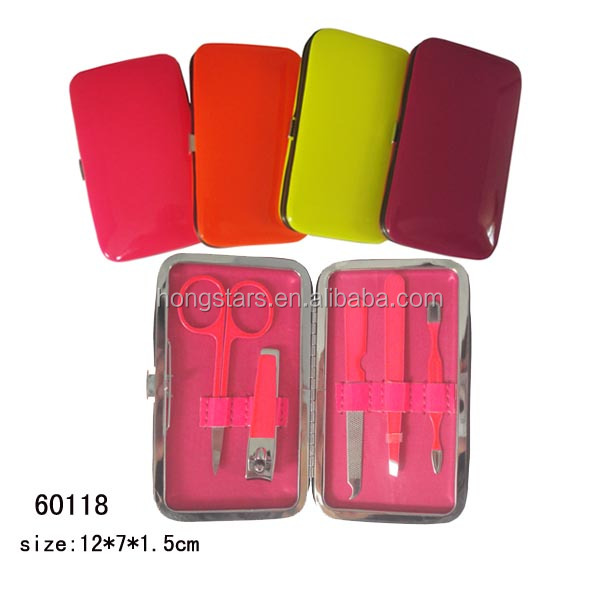 Hot sell plastic manicure set for women