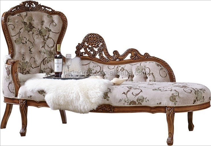 Romantic french style chaise lounge sofa in vintage cream for Vintage parisian lounge
