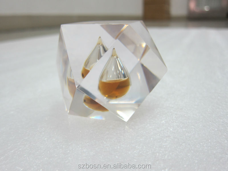 Cube design Acrylic oil drop paperweight with high transparent