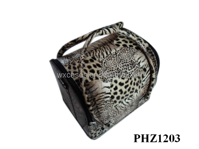 professional leather makeup bag with leopard pattern and4 removable trays inside manufacturer