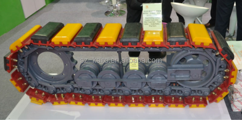 Wirtgen road milling machine and asphalt paver track chain Crawler track assembly