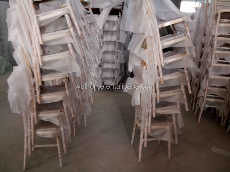 golden chiavari chairs