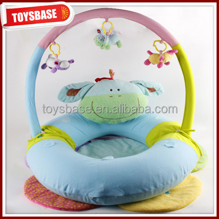 Baby play gym with music and light