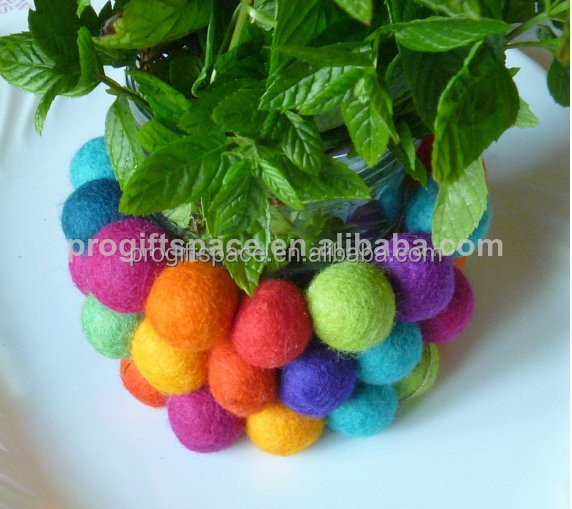 2017 hot new products eco friendly handmade wool felt ball rug DIY for home decoration wholesale China supplier on alibaba