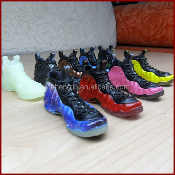 nike air foamposite shoes key chains
