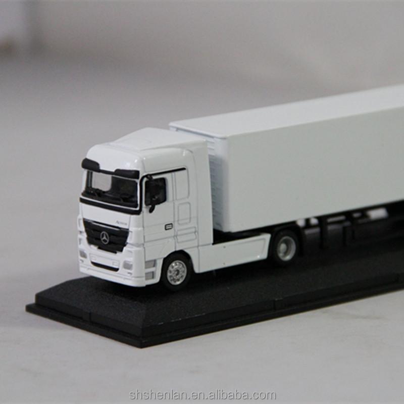 1 87 diecast delivery miniature truck mini model trucks for Miniature mercedes benz models