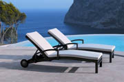 Hot Sell All Weather 100% Handmade wicker pool chaise lounge