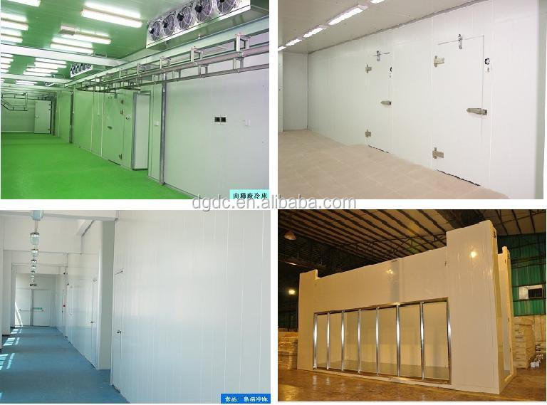 Cold room for beer storage with manual stainless steel sliding door