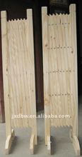 wooden expandable gate fence