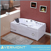 jet whirlpool bathtub with tv