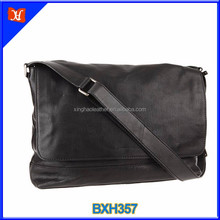 Vegetable tanned leather waterproof black men messenger bag