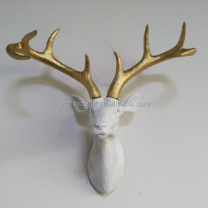 best selling high quality hand painted Christmas decoration resin deer head with golden antlers
