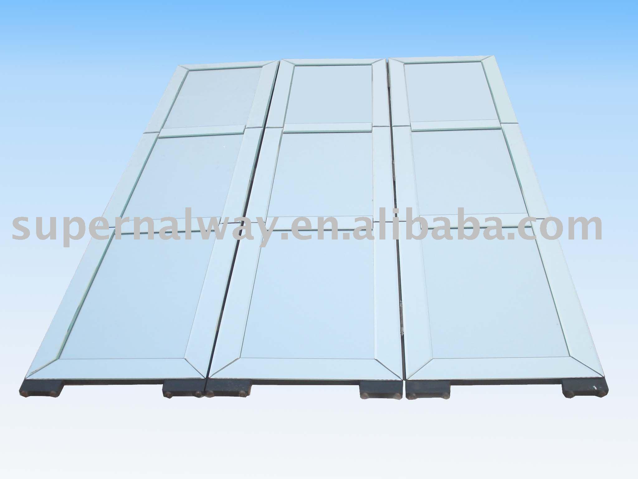 Mirrored folding screen