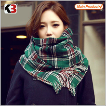 wholesale custom100% Acrylic multi-Color Keeping Warm lady knitted scarf muffler