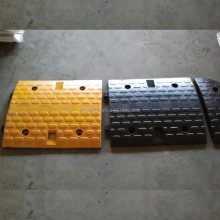 Long lifespan portable rubber speed bump