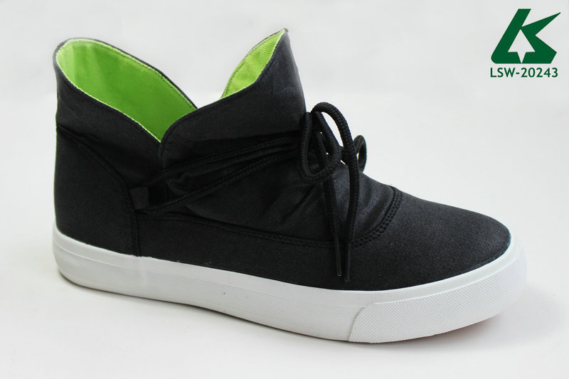Fashion Slip-on Canvas Shoe for Women