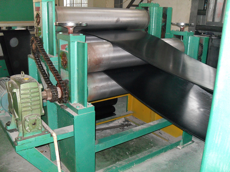 Qualified China Polyester/EP250 Conveyor Belt for Transport rock and crushed stone