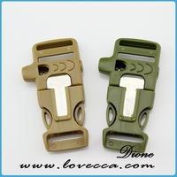 curved plastic buckle