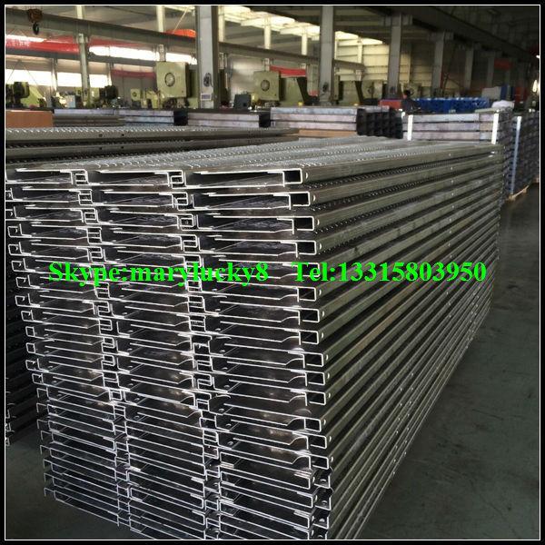Non Slip Stainless Steel Ladder Rung Traction Tread Ladder