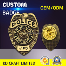 China manufacturer custom metal embossed 3d antique gold plating falcon eagle badge with velvet box