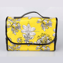 New Vivid Color Foldable Hanging Waterproof Toiletry Bag