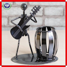 Christmas gift office reading room decoration music iron man band decoration craft with pen container