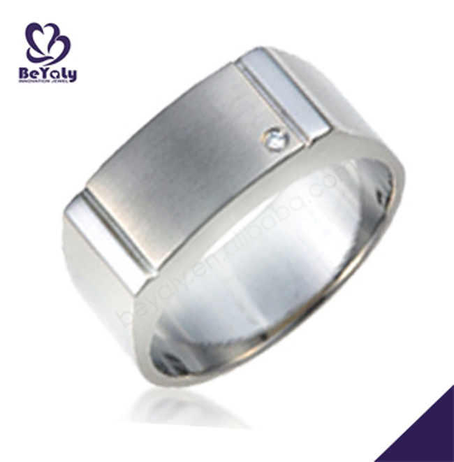 2016 titanium or stainless steel custom logo ring