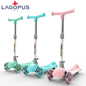2018 New Three Flashing Wheel Children Adjustable Height Folding Scooter Foot Scooter For Kids