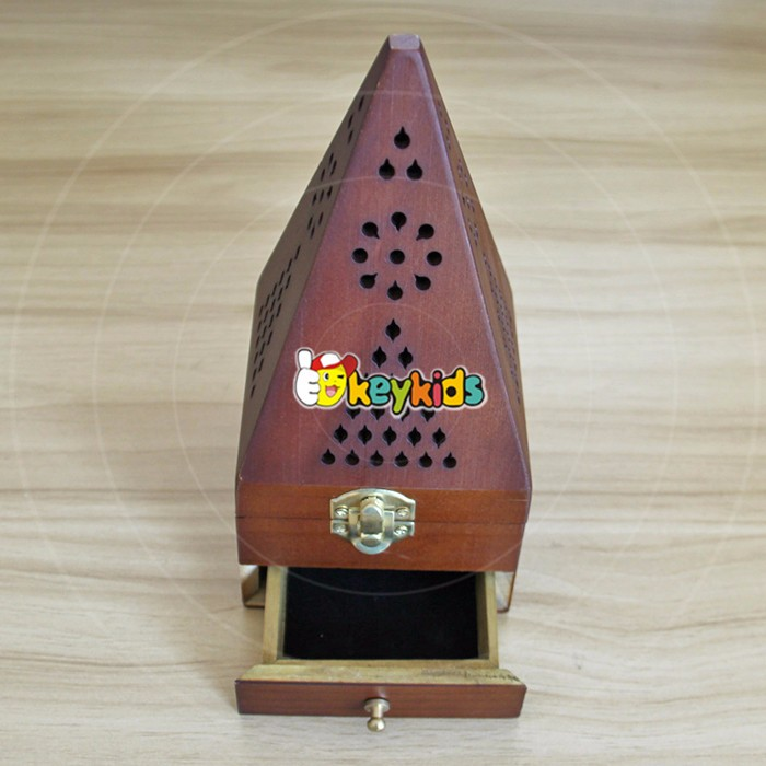 2017 Wholesale antique pyramid design wooden arabic incense burner top fashion wooden arabic incense burner for sale W02A258-S
