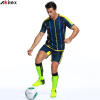 Stylish Men Cheap Soccer Jersey Set Garment Factory in China