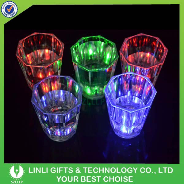 Cheap Plastic LED Glowing Mini wine Glass Shot Glass For Bar/Club/Party/Promotion