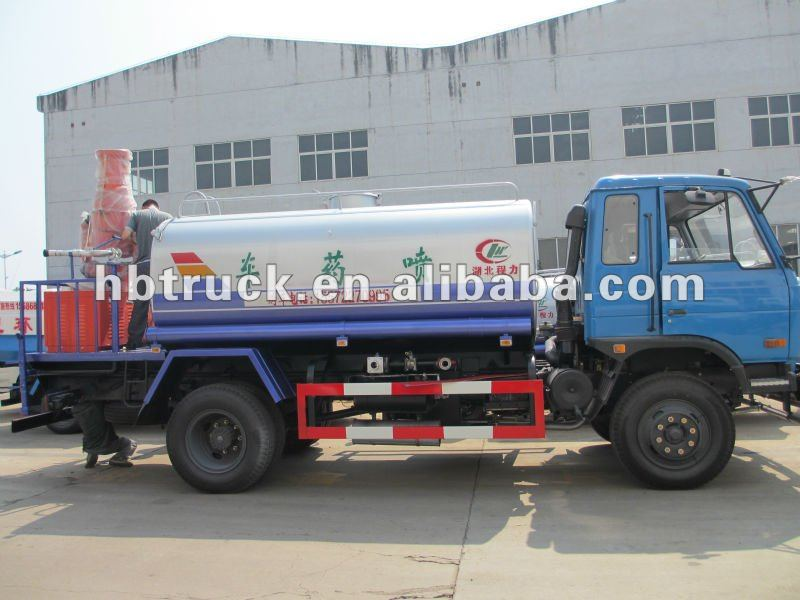 CHEMICAL SPRAYING TRUCK FOR SALE