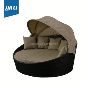 Sample available factory directly rattan garden round sofa