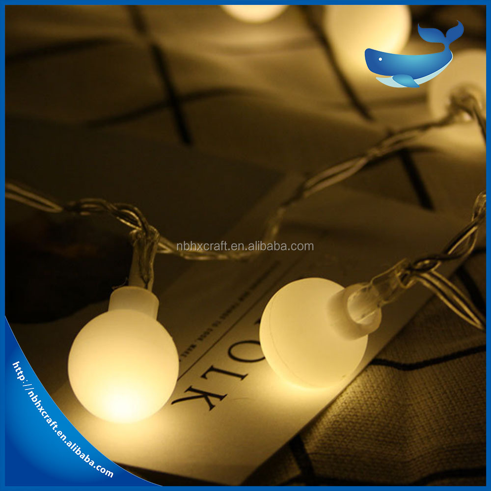 Hot sale good quality small white ball shape curtain LED waterfall light christmas decoration led light