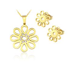 Fashion 2016 Europe and America Gift Stainless steel flower Necklace and Earrings Jewelry Set