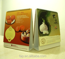 Factory wholesale hot sell mini paper funny desk calendar