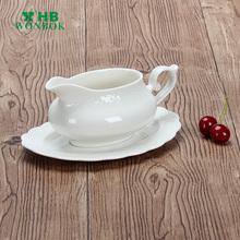 Hotel and restaurant durable white ceramic gravy boat sauce boat